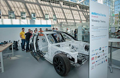 "Advanced training workshops ""Accident damage repairs"" at Automechanika Frankfurt 2016 a complete success"