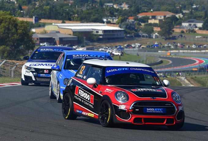 Signature Motorsport MINI team on a high heading for Cape Town races