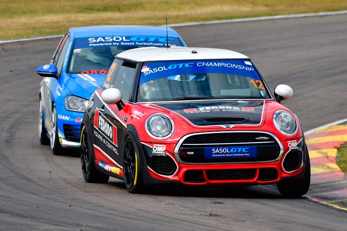 The hunt is on for Signature Motorsport MINI team