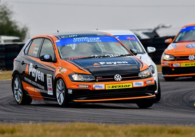 Darren Oates takes first podium of the season for Signature Motorsport