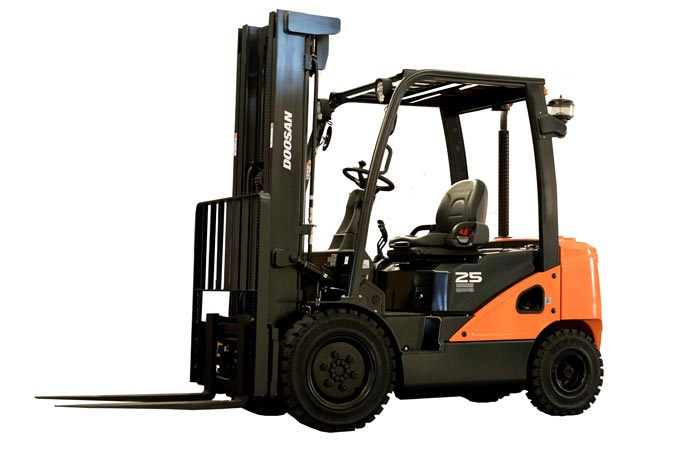 forklift rental in Singapore