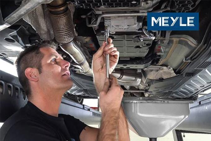 Don't be afraid of oil changes!  MEYLE advises on changing the oil in automatic gearboxes.