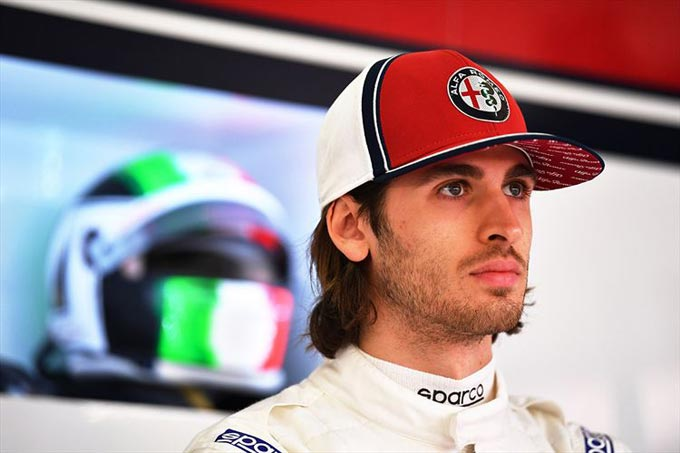 Antonio Giovinazzi behind the wheel of the Alfa Romeo Racing C38 in Barcelona - Day 2, 2019 Winter Testing