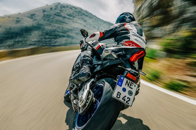 Bridgestone Launches BATTLAX HYPERSPORT S22 Sports Radial Motorcycle Tyres