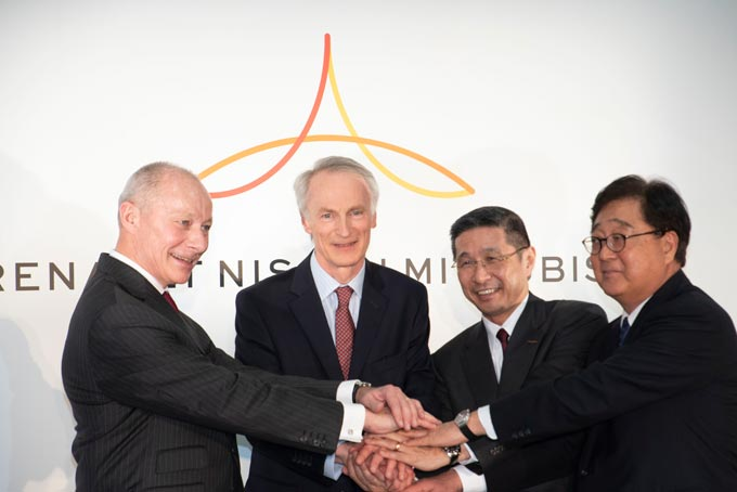 Jean-Dominique Senard, Chairman of Renault, Hiroto Saikawa, CEO of Nissan, Thierry Bolloré, CEO of Renault and Osamu Masuko, CEO of Mitsubishi Motors, announce the intention to create a new Alliance operating board.