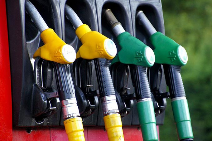 Tips for spending less at the pumps