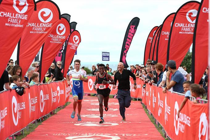 Mitsubishi drives triathlon with CHALLENGECAPETOWN