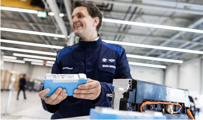 New production site for e-drive components: BMW Group Plant Leipzig to start battery module production in 2021