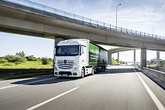 Successful year for Daimler Trucks