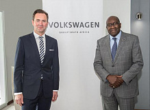 Volkswagen Group South Africa Managing Director and Chairman Thomas Schaefer and Minister of Finance Nhlanhla Nene